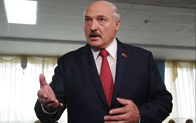 """""""Exit poll"""" Lukaşenkonun qalib gəldiyini açıqladı"""