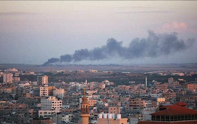 İsrail Dəməşqi raketlə vurdu - 3 ölü, 4 yaralı