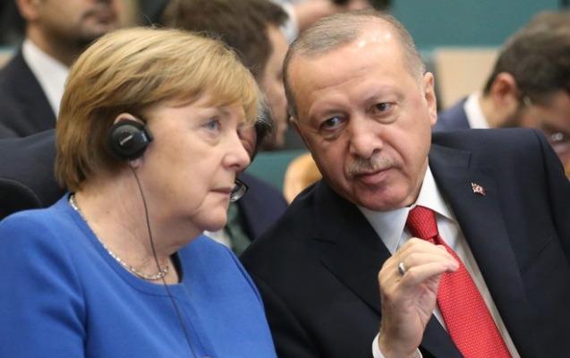 Ərdoğan Merkellə koronavirusla mübarizəni müzakirə edib