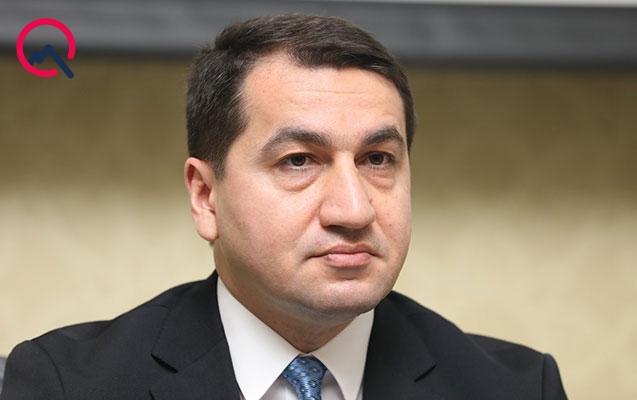 Hikmət Hacıyev xarici jurnalistləri Azərbaycana dəvət etdi
