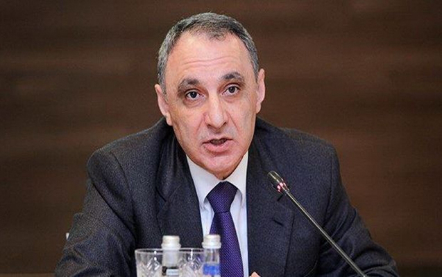 Kamran Əliyev 5 rayonun prokurorunu təqaüdə göndərdi