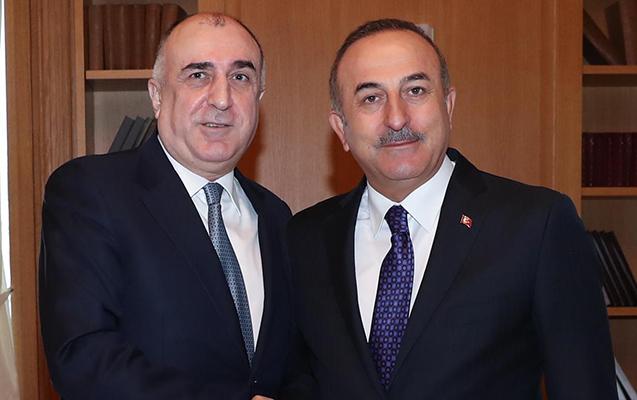 Məmmədyarov Çavuşoğlu ilə telefonda danışdı