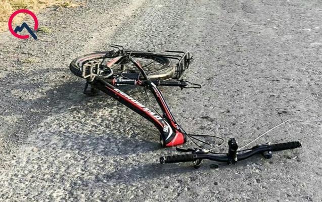 Maşınla velosipedçini vurub öldürdü