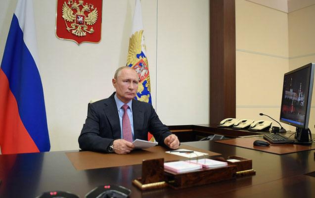 Putin bu tarixi qeyri-iş günü elan etdi
