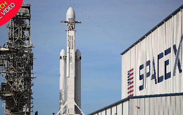 """""""SpaceX"""" ilk dəfə fəzaya insan göndərir"""