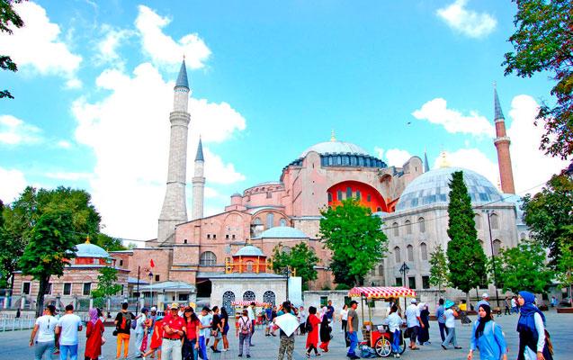 Azərbaycan-Türkiyə arasında viza sazişi təsdiqləndi