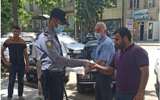 İmişli rayonunda əhaliyə pulsuz tibbi maskalar paylanılır