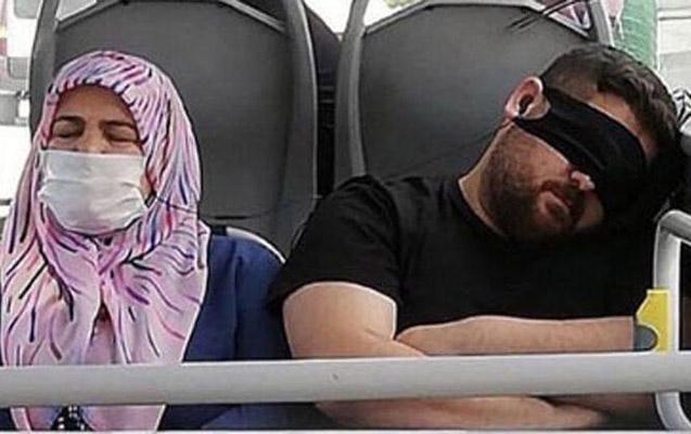 Avtobusda maskanı gözünə taxdı, nazir zəng elədi