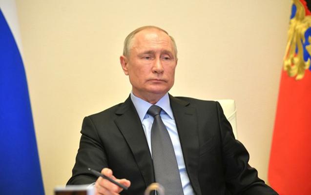 Putin gəliri çox olanlar üçün vergini artırmağı təklif etdi