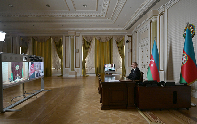 """""""Dəmir yollarının səmərəliliyinə görə Azərbaycan dünyada 11-ci yerdədir"""""""