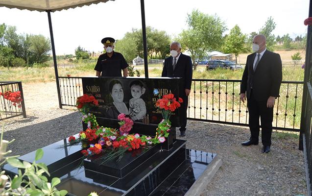 Alı Alıyev Zəhranın məzarını ziyarət etdi