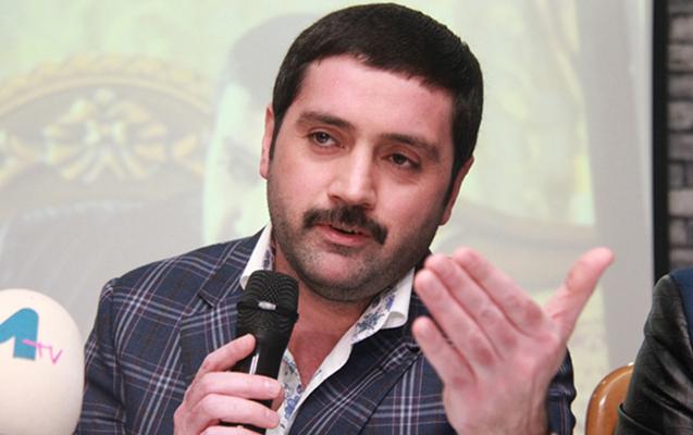 """""""Utanmadan istirahətdən foto paylaşıb qıcıq yaradırlar"""""""