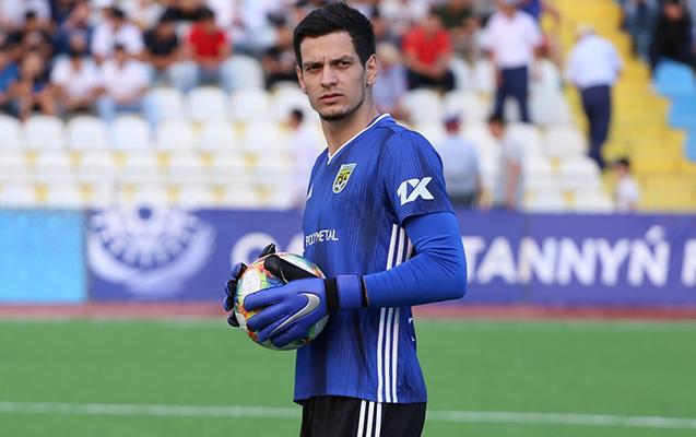"""Emil Balayev rəsmən """"Qarabağ""""da"""