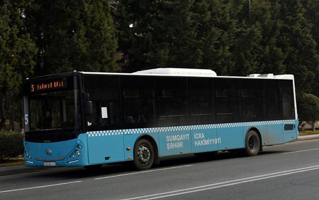 Avtobus sürücülərinin əlavə ödəniş iddiası ilə bağlı