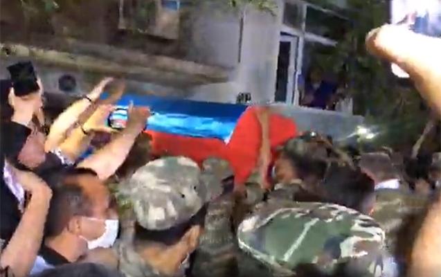 Generalın nəşi Sumqayıta gətirildi...- Fotolar+Video+Yenilənib
