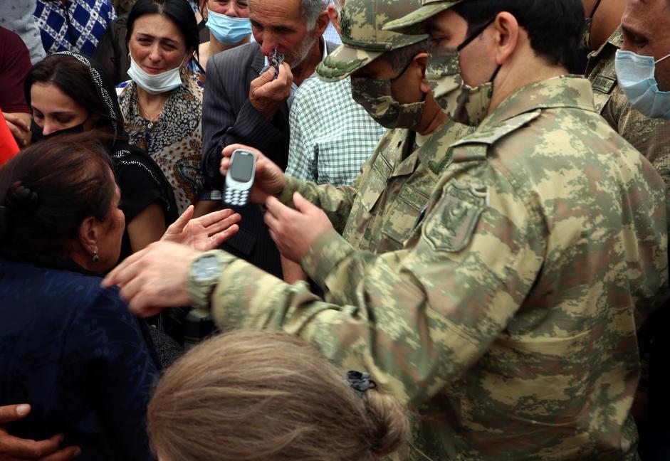 Prezident şəhid general və polkovnikin ailəsinə zəng etdi - Foto