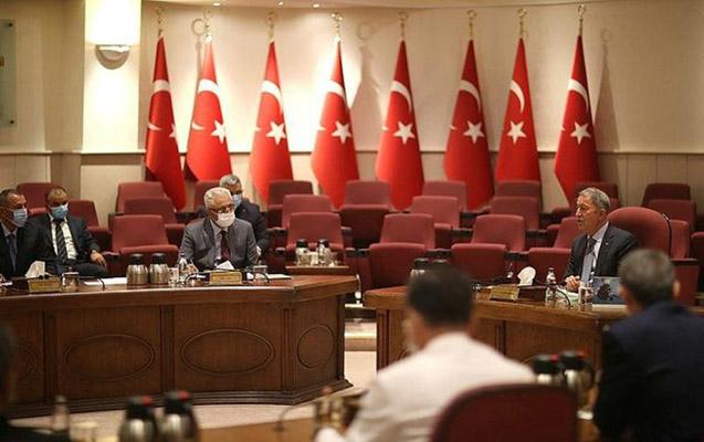 Hulusi Akar Azərbaycan Müdafiə nazirinin müavini ilə görüşdü