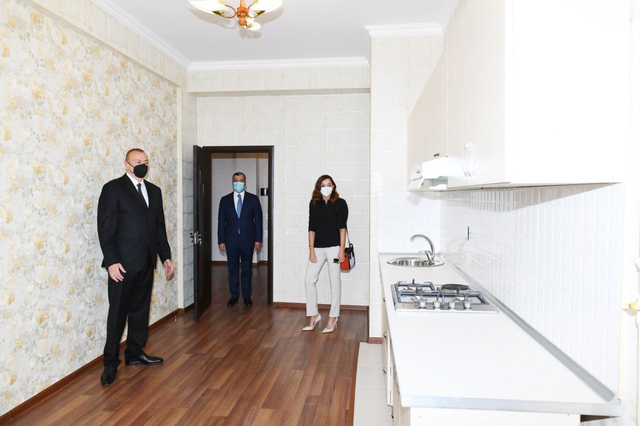 Prezident və xanımı şəhid ailələrinə mənzil verilməsi mərasimində - Fotolar
