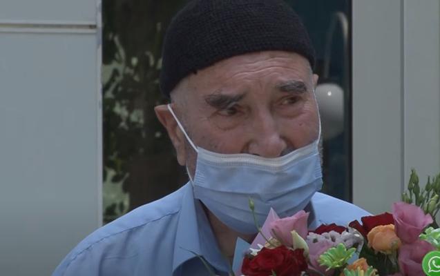 Sumqayıtda 90 yaşlı kişi koronavirusdan sağaldı