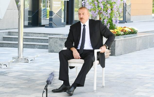 """""""Maddi vəziyyətlərini tam təmin edə bilməyənlərin köməyinə dövlət gəlir"""" - Prezident"""