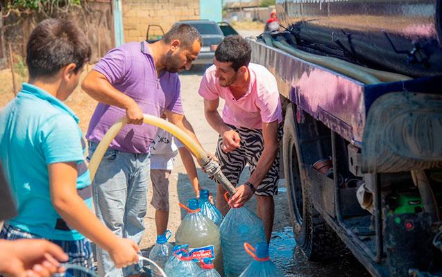 Bank Respublika Neftçala sakinlərinə içməli su təminatı ilə bağlı dəstək oldu