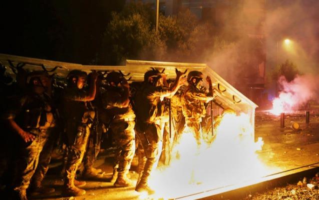 Beyrutdakı etiraz aksiyaları yatırıldı, 728 nəfər yaralandı