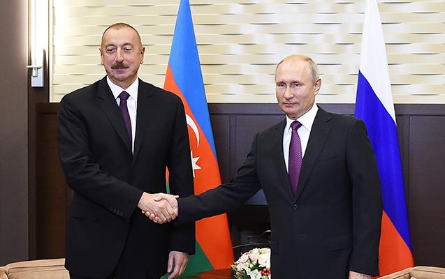 Prezident Putinə zəng etdi