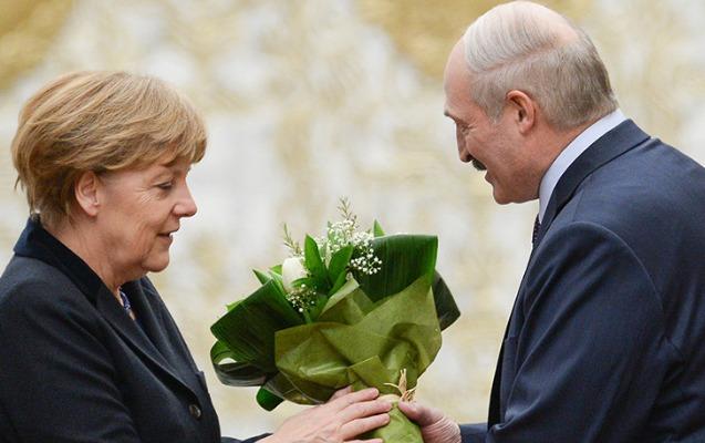 Lukaşenko Merkellə danışmaqdan niyə imtina edib?