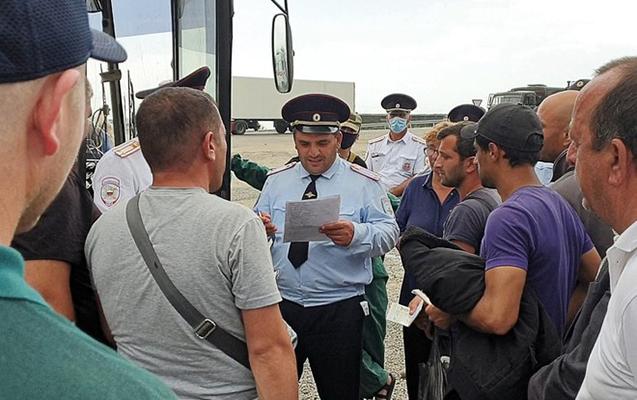 Gürcüstandan daha 250 nəfər Azərbaycana təxliyyə olunur