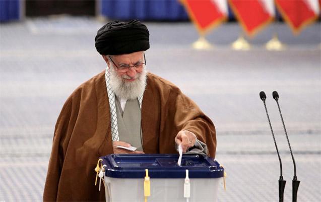 İranda prezidentliyə namizədlərin qeydiyyatı başa çatır
