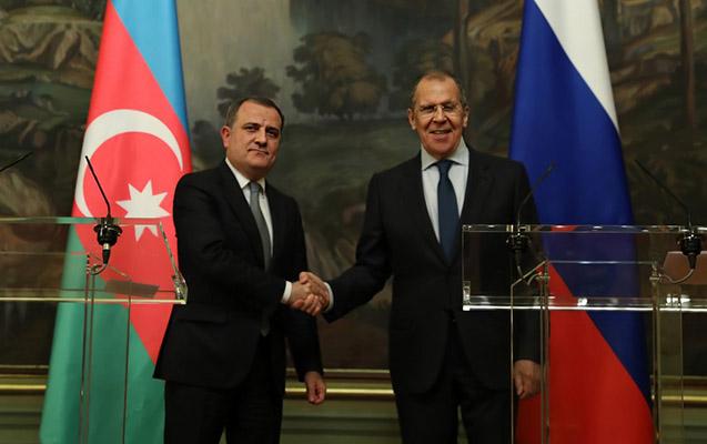 Ceyhun Bayramov Lavrovla görüşdü