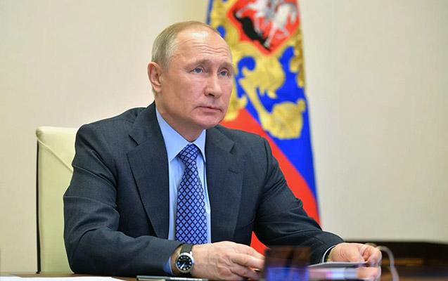 Putin koronavirusa qarşı peyvənd olunan qızından danışdı