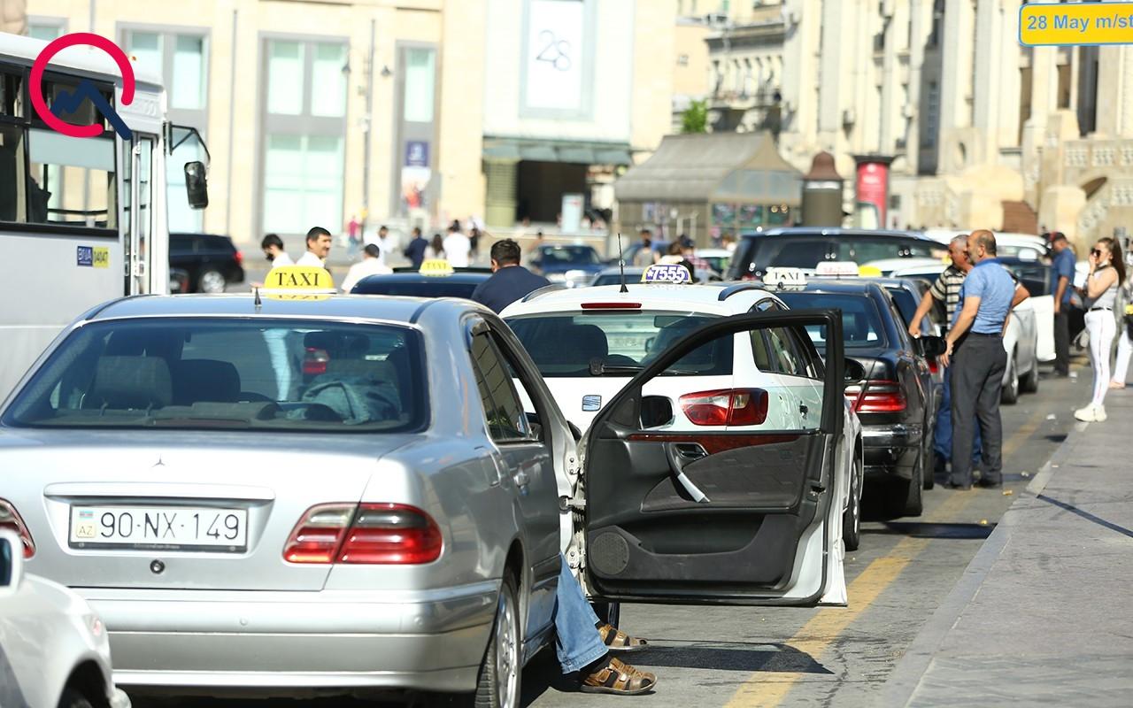"""""""Pandemiyadır, kreditə maşın götürüb taksi sürürlər"""" - BNA rəsmisi"""