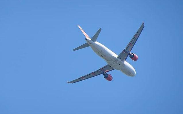 Yunanıstan beynəlxalq uçuşlara qoyulan qadağanı uzatdı