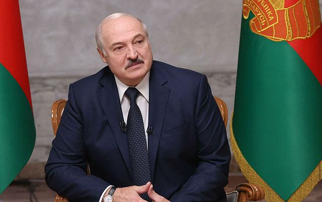 """""""Mən Poroşoneko deyiləm, milyardlarım yoxdur"""" - Lukaşenko"""