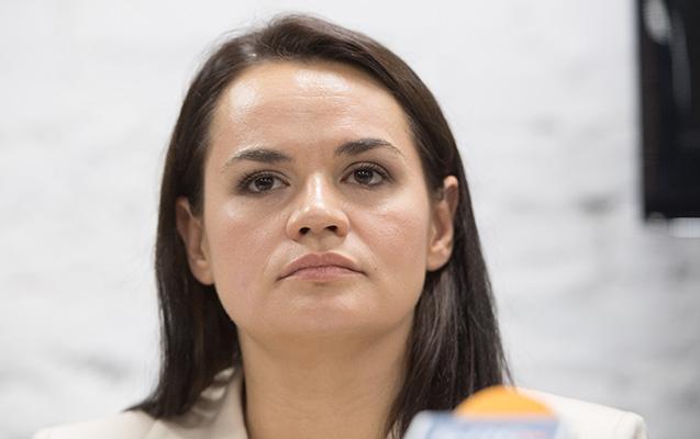 Belarus Litvadan Tixanovskayanı təhvil verməsini tələb etdi
