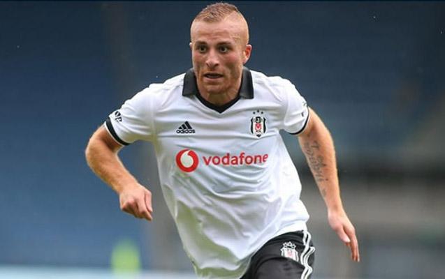 """""""Beşiktaş"""" sabiq futbolçusunu qaytardı"""