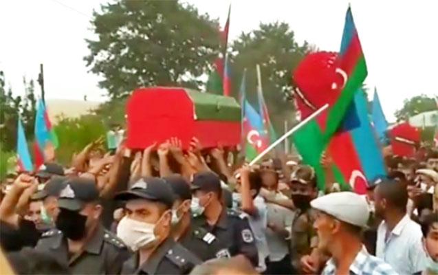 Şəhid hərbçimizlə vida mərasimi keçirilir - Foto + Video