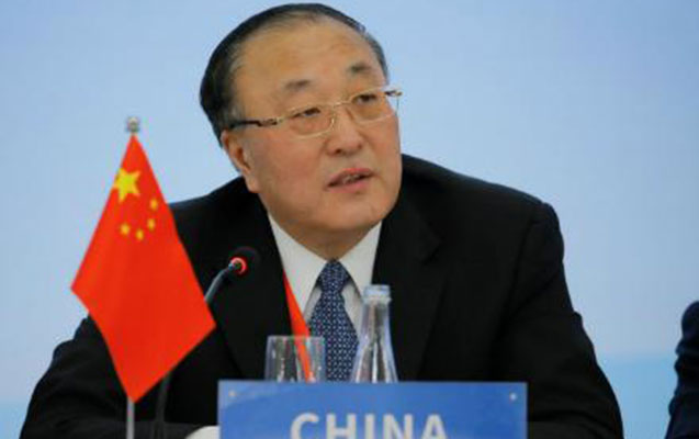 "Çinli diplomat Trampı ""siyasi virus"" yaymamağa çağırdı"