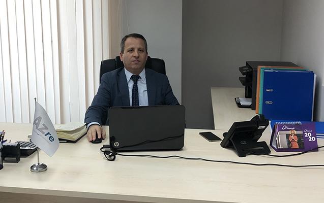 46 yaşında Bakı Ali Neft Məktəbinin tələbəsi oldu