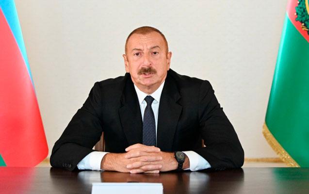 """""""Məscidlərimizdə inək- donuz saxlanılır, qəbirlər traktorla dağıdılır"""""""