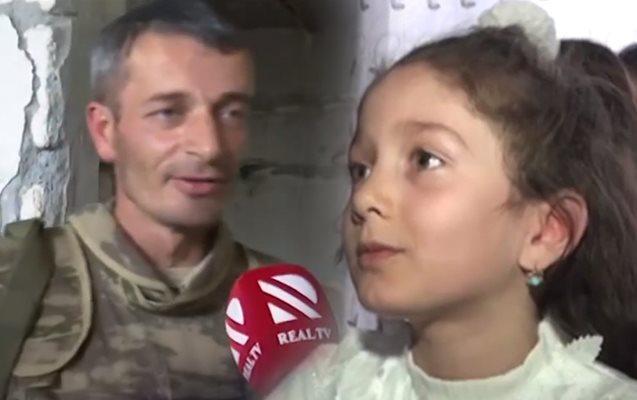 Ön cəbhədə döyüşən atadan 7 yaşlı Xədicəyə təbrik - Video