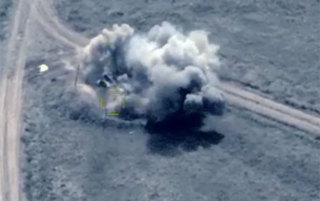 Düşmən hərbi kolonu darmadağın edilib - Video