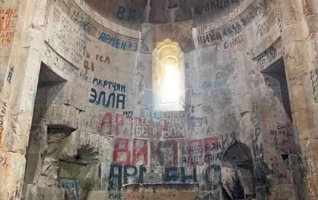 Hadrutdakı alban kilsəsi də erməni vandalizminə məruz qalıb