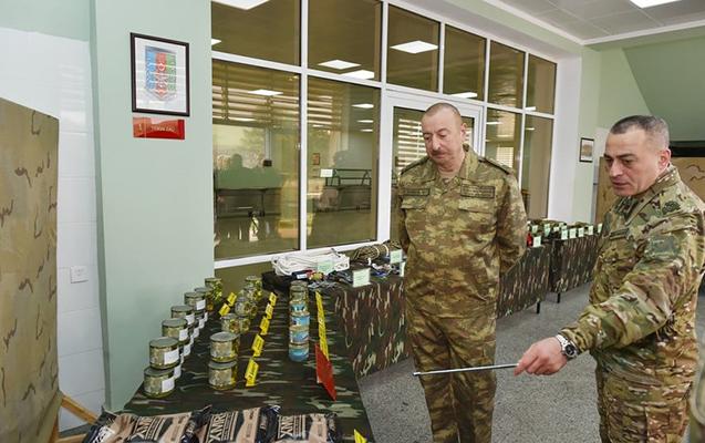 Prezident Hikmət Mirzəyevə general-leytenant rütbəsi verdi