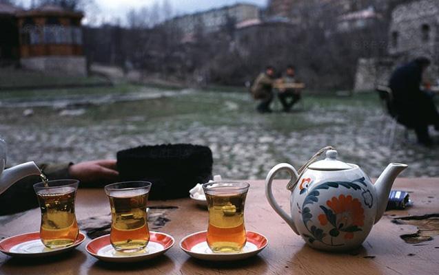 1992-ci il, Şuşada sonuncu çay...