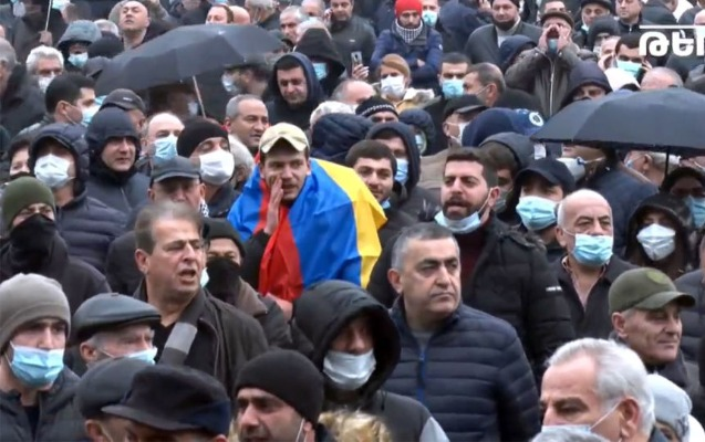 Yerevanda etirazçılar Paşinyanın istefasını tələb edib