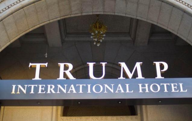 """Vaşinqtonda """"Trump Hotel""""in yaxınlığında bıçaqlı hücum"""