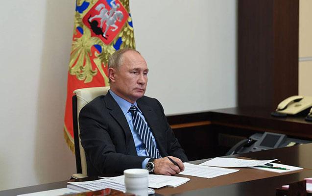 Putinin peyvənd olunması xəbərlərinə Kremldən açıqlama