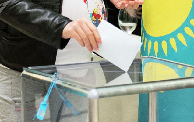 Qazaxıstanda parlament seçkilərində hakim partiya liderlik edir